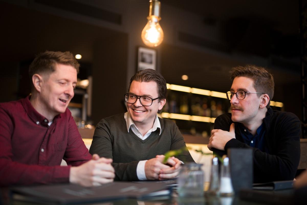 Espen Hansen, Johannes Hoff Holmedahl og Pétur Níelsson i Brainify.